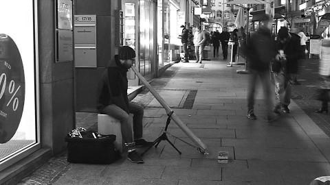 Straßenmusik in Halle an der Saale, Philipp Gerisch (Foto: Thomas Schult)