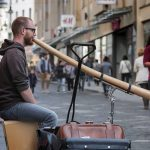 Philipp Gerisch - Straßenmusik in Halle, 2018. (Foto: Igor Geiger)